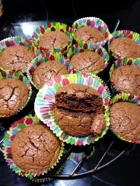 3 ingredient Nutella brownies www.FeathersInTheWoods.com #brownies #easydesserts #nutella