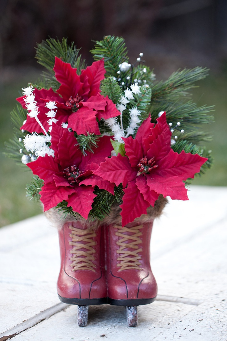 How to make christmas centerpieces with ice - Items Similar To Red Ice Skates And Red Poinsetta Centerpiece On Etsy Christmas Floral Arrangements