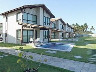EXCELENTE LOCALIZACAO NO CONDOMINIO, NASCENTE. Aluguer de férias em Muro Alto da @homeaway! #vacation #rental #travel #homeaway