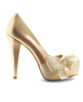 bow!Army Green, Plays Dresses, Golden Christmas, Paris Hilton Shoes, Shoese Shoese Sho, Bows, Shoese La La, Shoes Heels, Gold Shoes