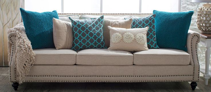 The Stunning Appeal And Combination Of Teal And Cream