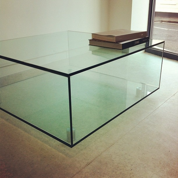 Classic Glass Coffee Table by Glassdomain