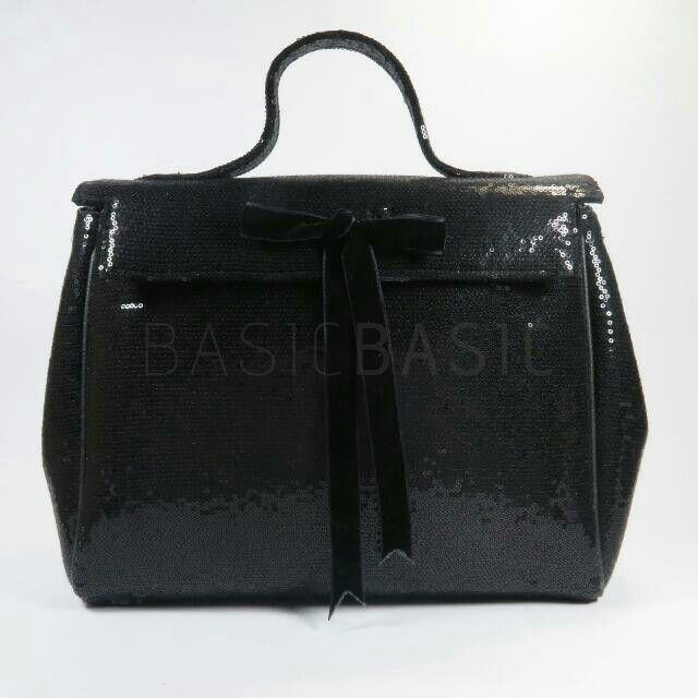 Preloved   Barli Asmara  Handmade Black Sequin HandBag  33x27x12 cm  Bought at Jakarta   IDR 1.500.000 (negotiable)  #authentic #branded #bag #barliasmara #preloved