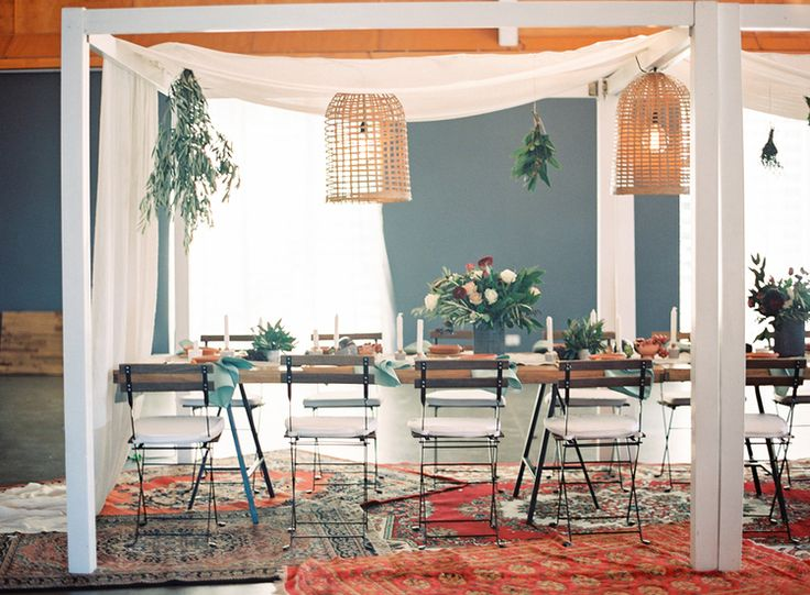 Content Editor: Casuarina Weddings Reception Venue: Osteria, Casuarina Photography: Byron Loves Fawn Styling: Little Gray Station Hire: Hampton Event Hire Florals: Rose Apple Flowers Lighting: Elyssium Lighting