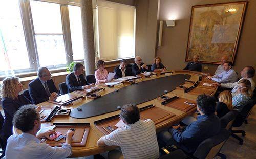 Cinquew News: Camera di commercio di Pisa vicina a imprese e cit...
