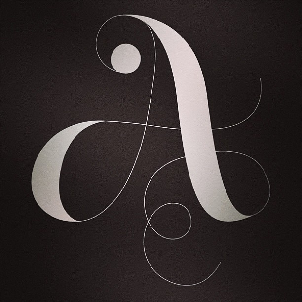 Day 23 of #30daysofmonograms: swirl-ography. #monogram