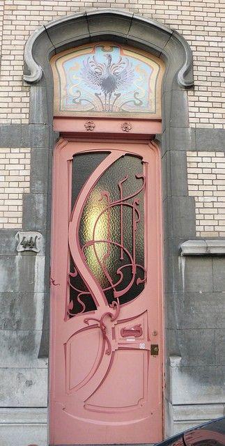 Art Nouveau Doors.                                                                                                                                                                                 Más