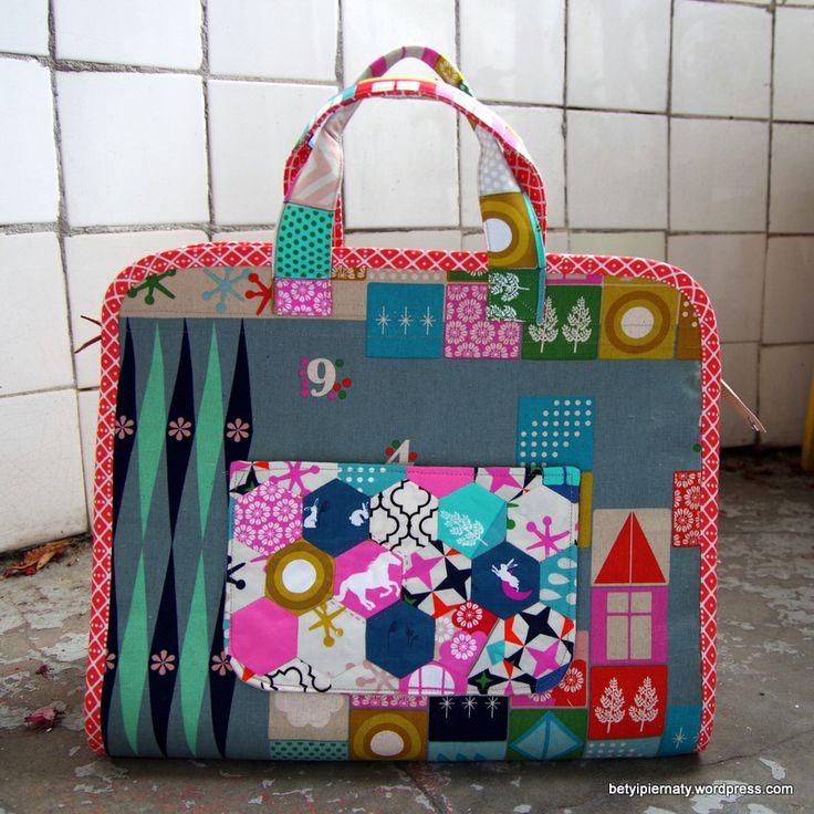 makers-tote-front-epp-hexagons-betyipiernaty-joel-dewberry-cottonandsteel-handmade-noodlehead-pattern