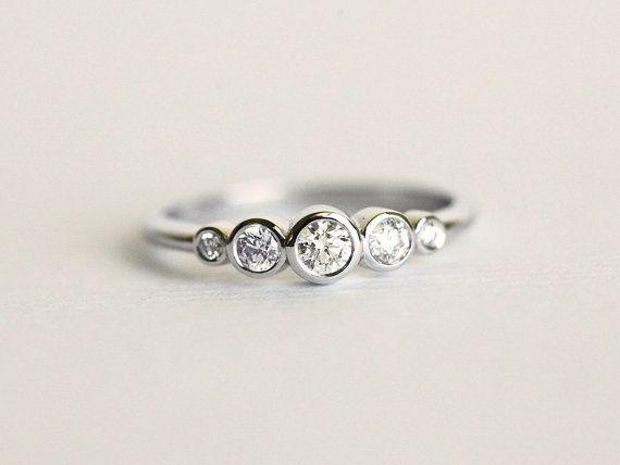 cool Bezel Diamond Ring, Diamond Engagemet Ring, Bezel Engagement ring, White Gold Diamond Ring, Diamond Band