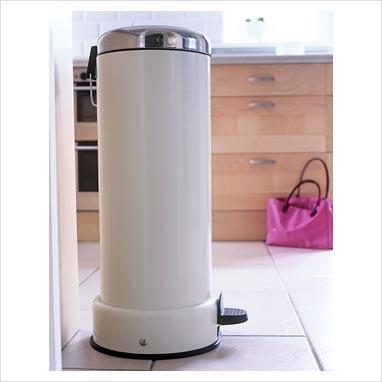17 best images about kitchen dustbins on pinterest. Black Bedroom Furniture Sets. Home Design Ideas