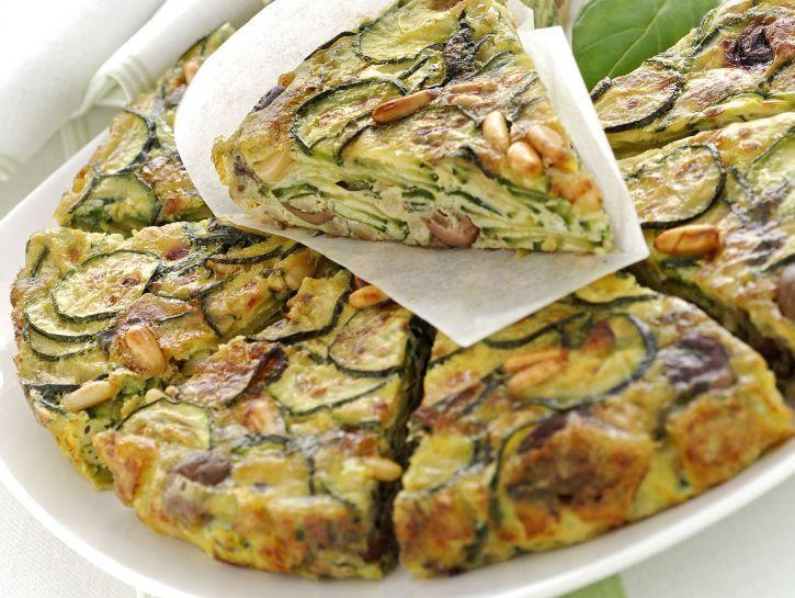 Ricetta Frittata di zucchine e pinoli al forno | Donna Moderna