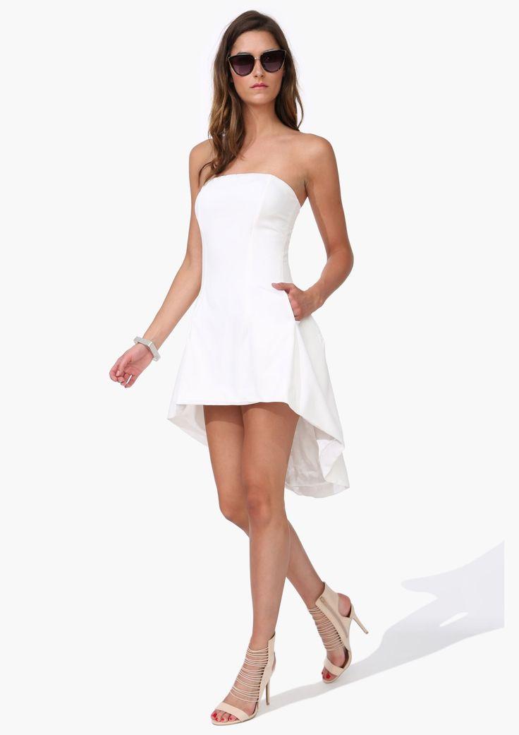 High low strapless dress s lection et id e mode for Robes blanches simples pour le mariage de palais de justice