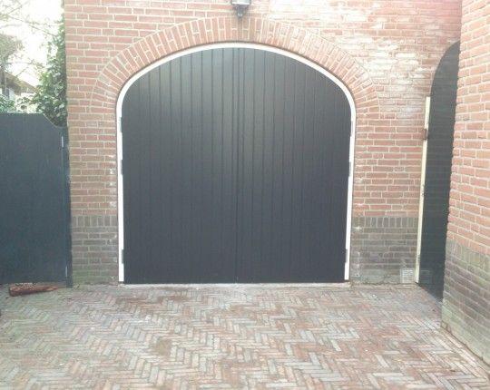 Houten garagedeuren