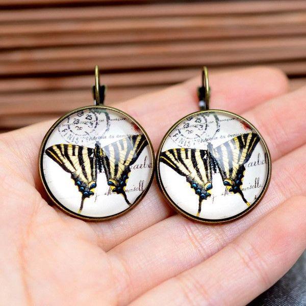 Glas Ohrringe lieben ,Schmetterlingold gold 25 von Schmuck auf DaWanda.com