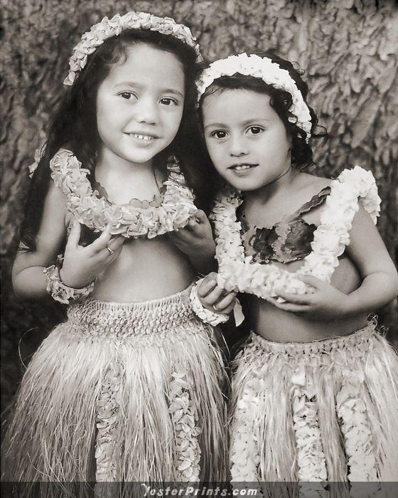 I adore these keiki hula girls!! Absolutely darling!!
