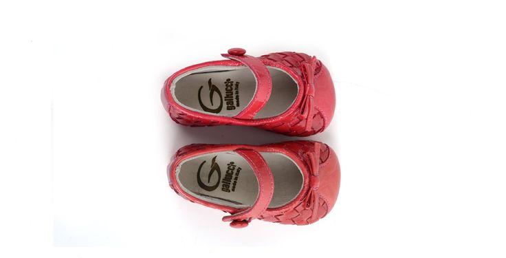 36/Fuxia Ballerina in pelle intrecciata color fuxia con inserti.  #galluccishoes #kids #shoes #ballerine #vernice #babygirl #SS16