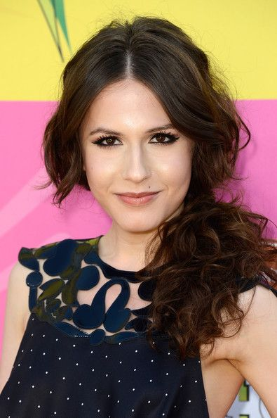 Nickelodeons 26th Annual Kids Choice Awards - Arrivals - Erin Sanders