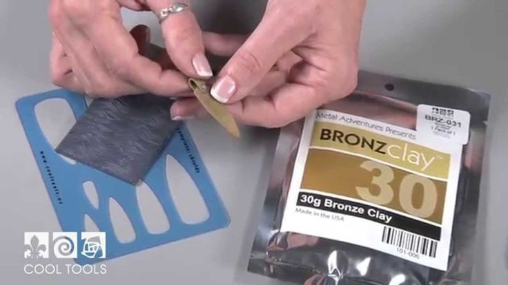 If you are new to metal clay or bronze clay, this project is great for you! In this video we talk about BRONZclay characteristics and show you how to make a pendant using a fun texture tile design and a jewelry shape template. Shop for the kit at: http://www.cooltools.us/Bronze-Pendant-Kit-p/kit-403.htm Visit our Blog: http://blog.cooltools.us