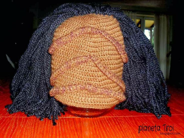 Klingon crochet hat