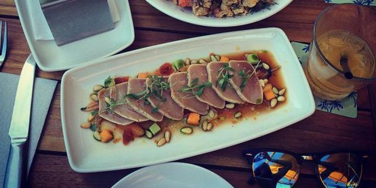 I, along with other RDs, help you navigate the menu at Cactus Club Cafe. Spoiler alert: we recommend a lot of #oceanwise fish #restaurants #healthyeating