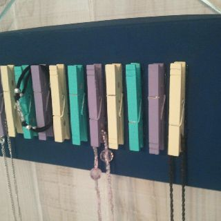 DIY necklace holder with close pins