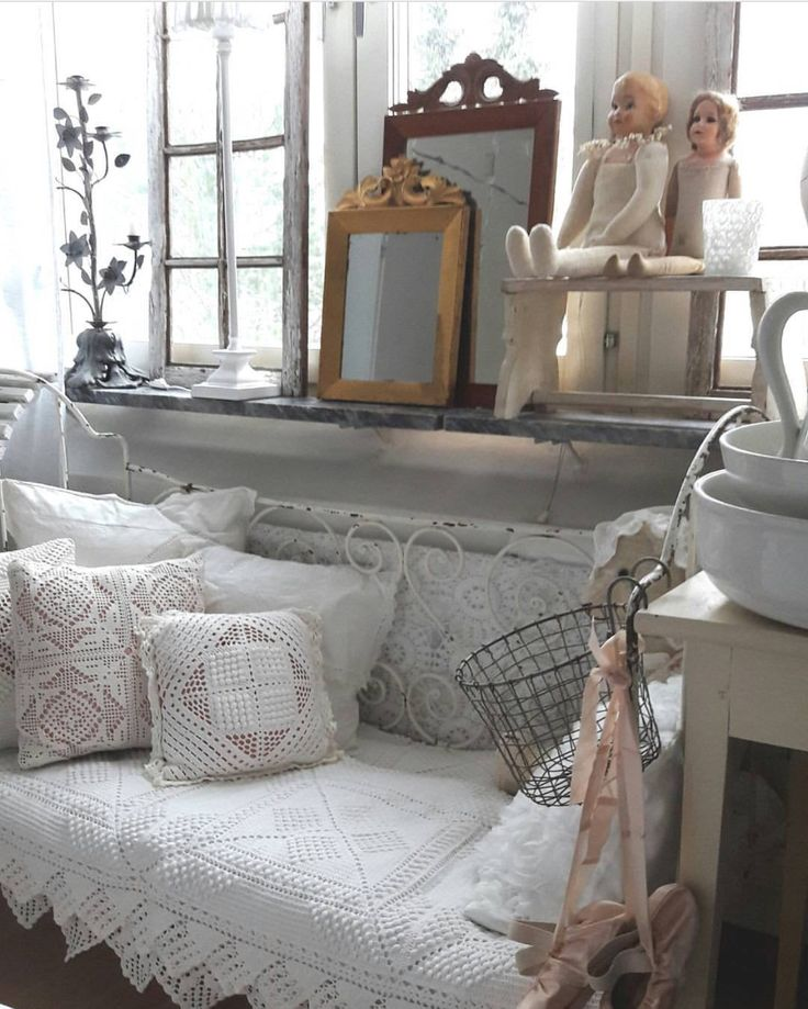 141 best images about shabby chic cottage on pinterest. Black Bedroom Furniture Sets. Home Design Ideas