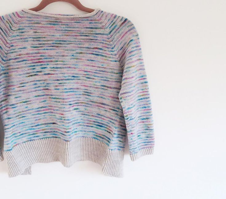 A quick heads up! @amyflorence will have beautiful #timelycardigan yarn sets in her update later today ... set your clocks for 7pm January 5th GMT .  @amyflorence