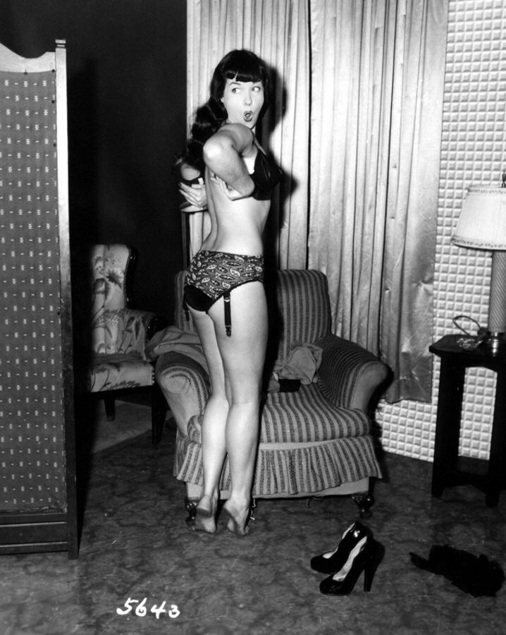 Betty Page Photos: 139 Best Bettie Page Images On Pinterest