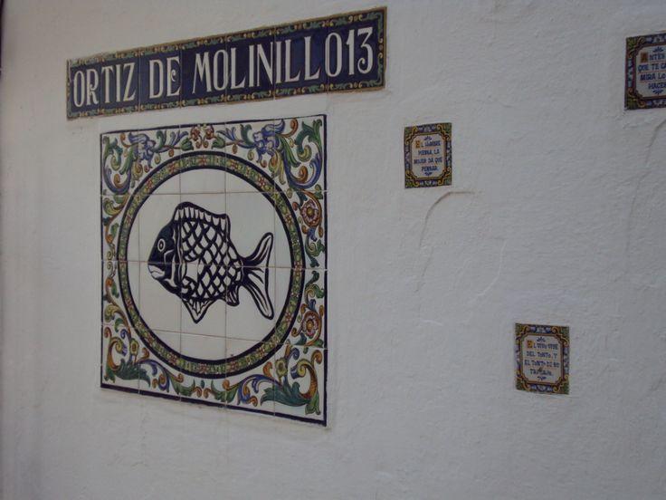 Detalle de fachada en la calle Virgen de los Dolores