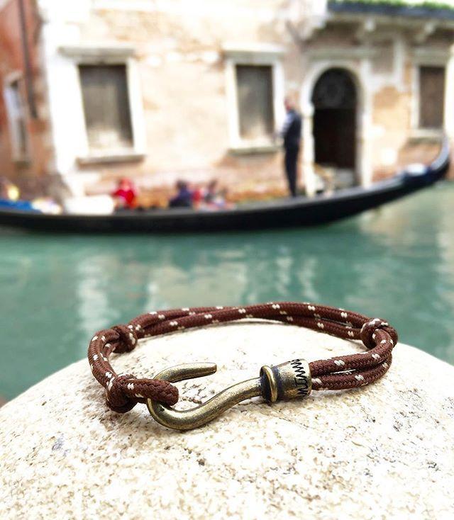@fantinnoperu - Ganzio Bracelet disponible en 3 tallas y 8 colores. Ingresa al link de la biografía para más información. #fantinno #GanzioBracelet #menswear #uomo #venice #style