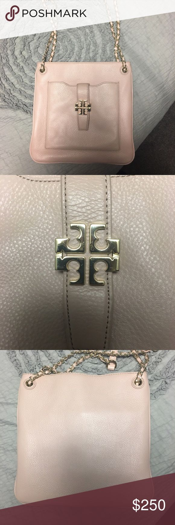 Tory burch shoulder bag Light pink Tory burch shoulder bag! Excellent condition! Only carried twice! Can be used as a cross body. Tory Burch Bags Shoulder Bags
