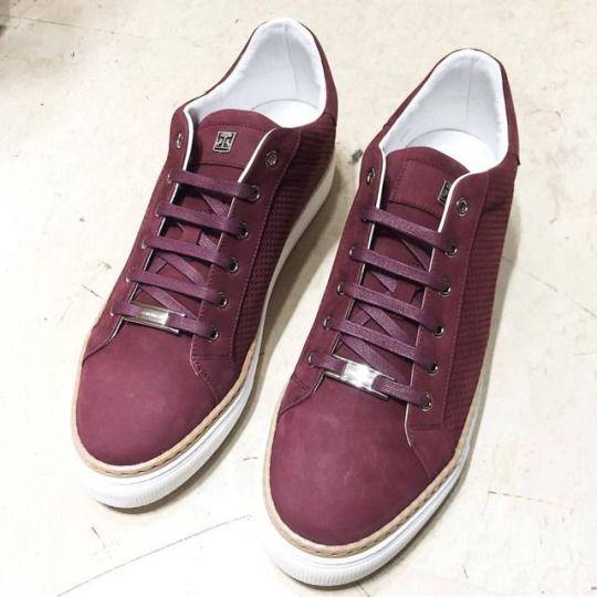 Burgundy sneakers by Corneliani.  #corneliani #sneakers #shoes #ss17