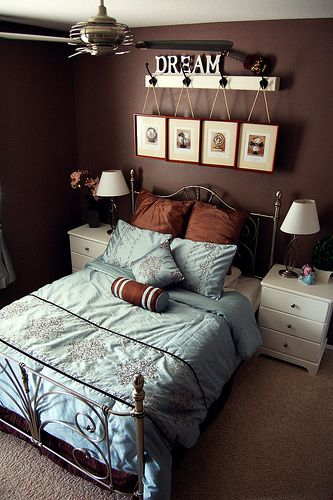 25 best ideas about blue brown bedrooms on pinterest 18640 | 37aad4ab3fbe3bdd1a13f9c8bf33517b brown bedrooms master bedrooms