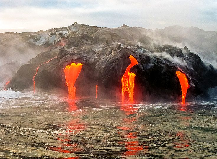 Se en lavashow på Hawaii Volcanoes National Park