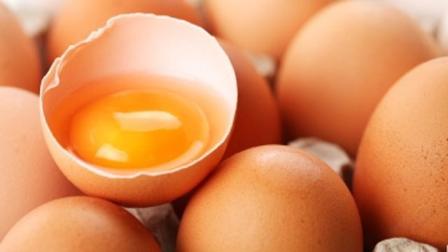 Are brown eggs really healthier than white eggs?