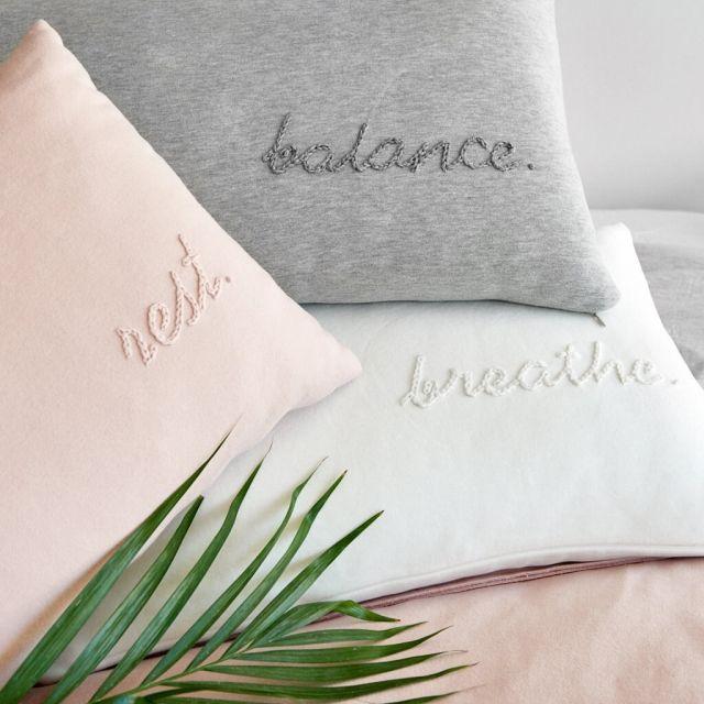 moyha_cushion_rest_powder_pink (3)