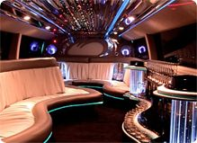 Blessed Limo provides 24/7 excellent, affordable and luxury Limo services - wedding limos - party bus - prom limo, wedding limos all around Seattle - Tacoma and Bellevue.   http://www.blessedlimo.net/