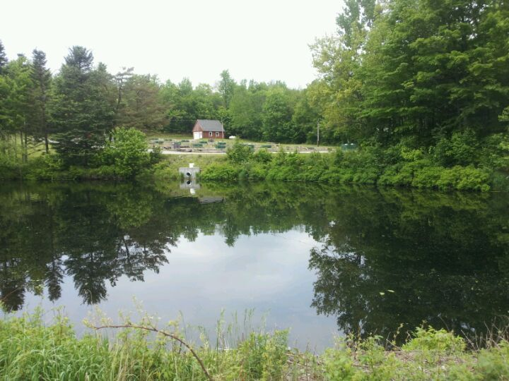 Nh fish hatchery at york pond in berlin nh gorham motor for Town and country motor lodge gorham nh