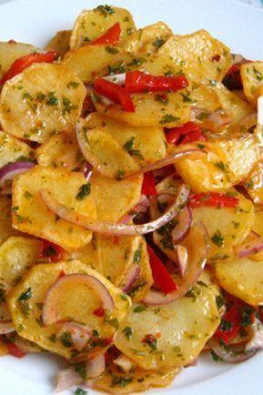 Kızarmış Patates Salatası Tarifi nasıl yapılır? 34.485 kişinin defterindeki bu tarifin resimli anlatımı ve deneyenlerin fotoğrafları burada. Yazar: ♨❤lezzet-i şahane❤♨