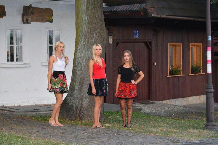Krakowianki #lanckorona #małopolska #folklor #spódniczkifolkowe
