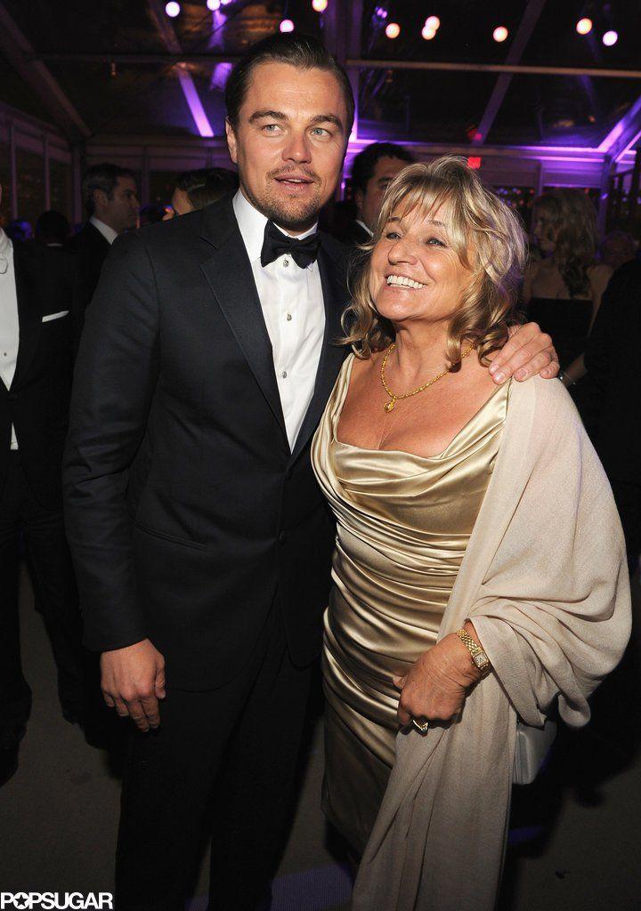 Pin for Later: Une Maman, S'est Sacré – Même Pour les Stars Leonardo DiCaprio Leonardo DiCaprio et sa maman, Irmelin, à l'after party Vanity Fair en Mars 2014.