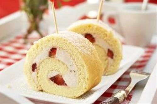 Biscuit roulé aux fraises