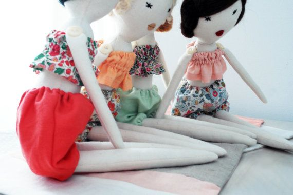 Summer accessories for doll/ pastel beach kit/ por lespetitesmainsS