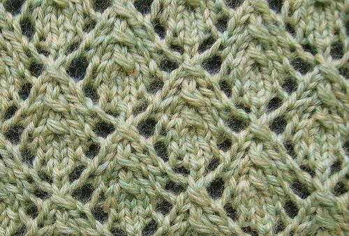 Vine Leaf Knitting Pattern : 1000+ images about Leaf/Ivy/Vine Knit Stitch Patterns on ...