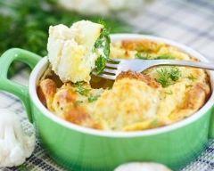 Soufflé au chou fleur : http://www.cuisineaz.com/recettes/souffle-au-chou-fleur-79357.aspx