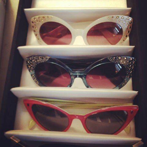 Sunglasses:: Retro:: Vintage Sunglasses