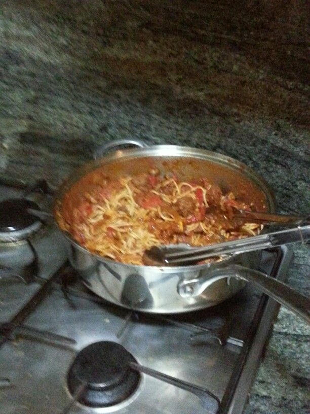 Angelas spaghetti and meatballs Monday night. The perfect comfort food for the middle of winter ♥