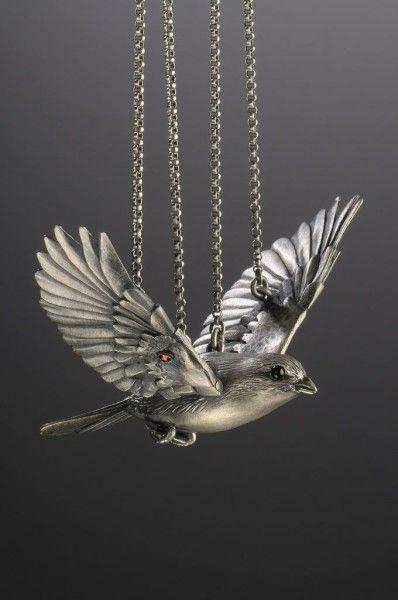 Jewelry | Jewellery | ジュエリー | Bijoux | Gioielli | Joyas | Rings | Bracelets | Necklaces | Earrings | Art | Yuri Tozuka: articulated jewelry