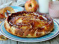 Torta di mele caramellata, ricetta semplice e golosa