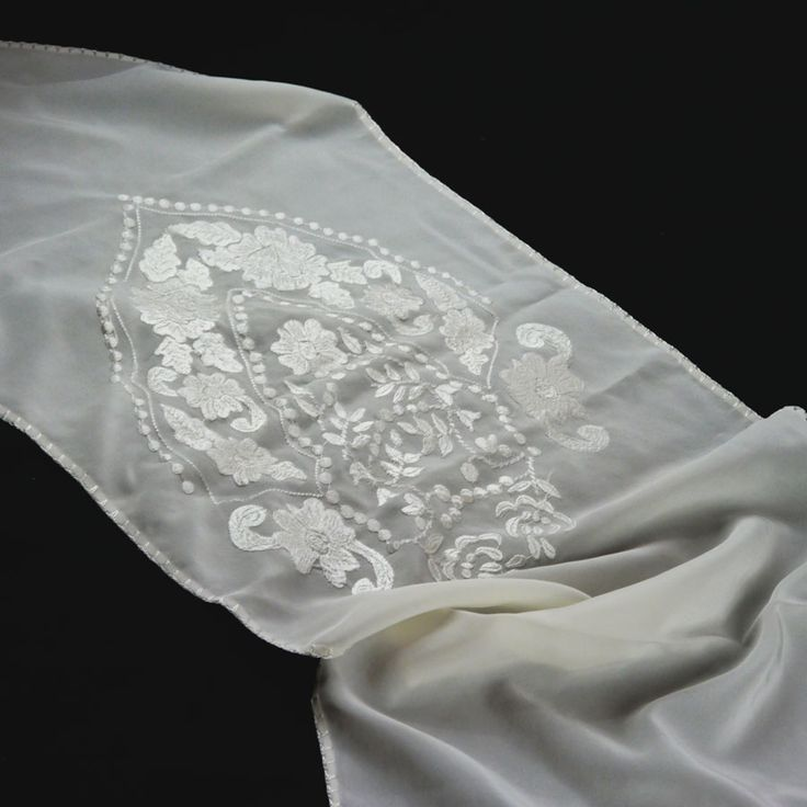 SILK TABLE RUNNER WITH EMBROIDERY  41